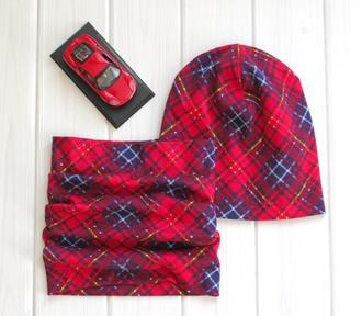 Оригинальный комплект - шапка с шарфом - Красный квадрат